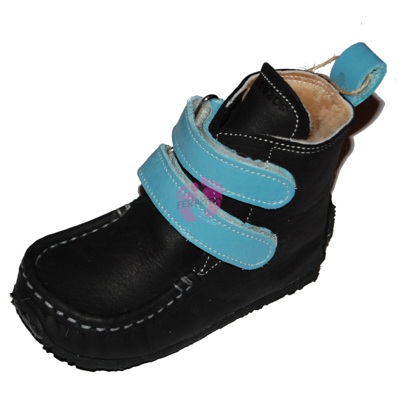 ZeaZoo YETI Black with light blue in waterproof, sheepskin