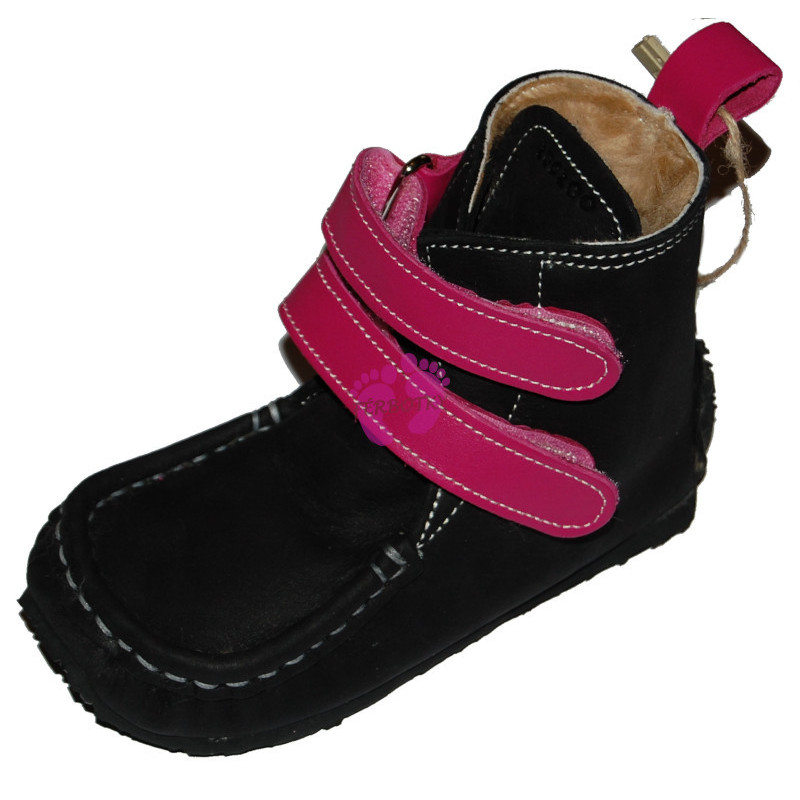 ZeaZoo YETI Black with fuchsia in waterproof, sheepskin