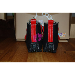 ZeaZoo YETI Black with red in waterproof leather, sheepskin