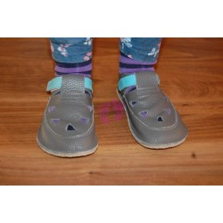 Baby Bare Shoes Blue Beetle Top Stitch obuté